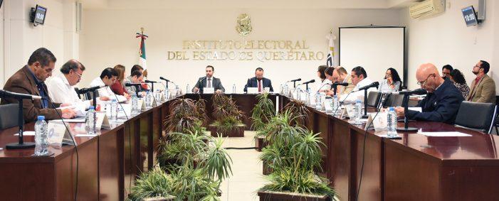 Cierran casillas electorales en Querétaro