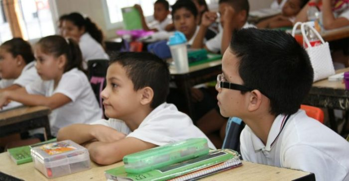 Sinaloa | Ayuntamiento de Culiacán entrega apoyo de becas escolares