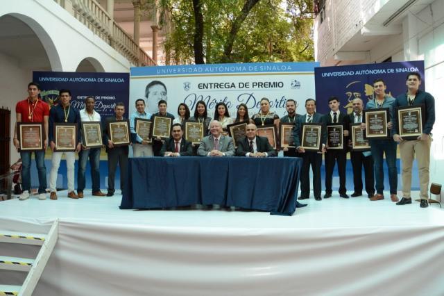 UAS otorga el Premio al Mérito Deportivo