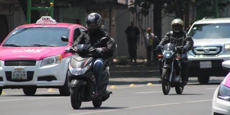 Las motocicletas son una opción viable de movilidad y herramienta de trabajo