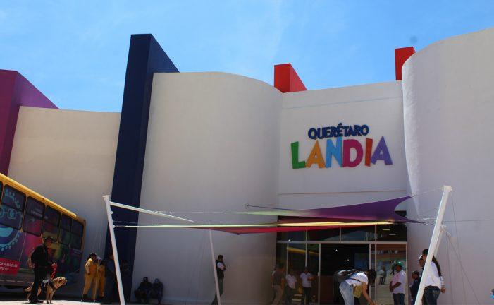 Marcos Aguilar inaugura Queretarolandia