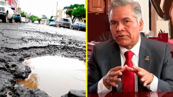 Alcalde del PRI pide no utilizar las calles para evitar los baches