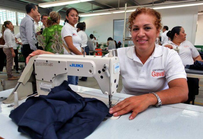 Sinaloa | Fluye normal el programa de Útiles y Uniformes Escolares gratuitos