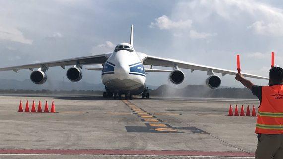 Avión ruso aterriza en aeropuerto de Querétaro