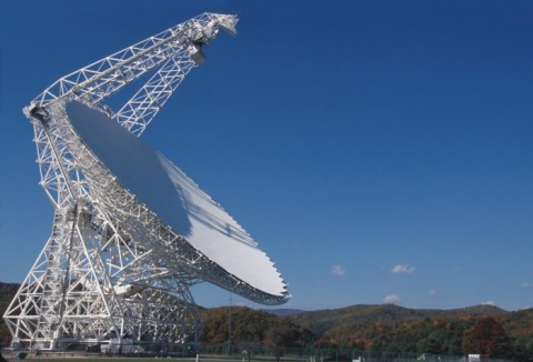 Científicos detectan señales de radio desde una galaxia lejana
