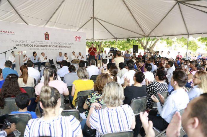 Sinaloa   Infonavit entrega apoyos a trabajadores con viviendas siniestradas