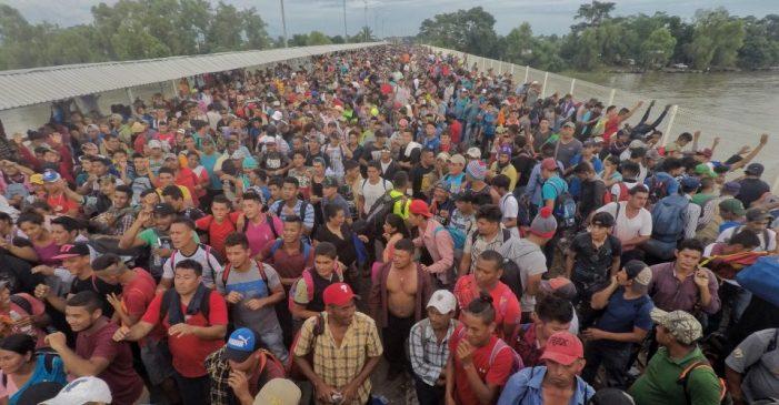 Caravana migrante, el martirio de no poder vivir
