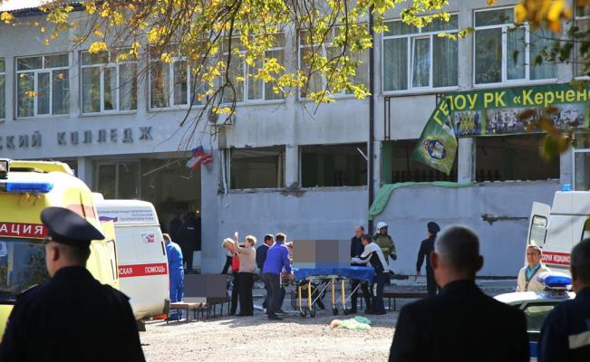 """Explosión deja 18 muertos y 40 heridos, resultado de un posible """"ataque terrorista"""" en universidad de Crimea"""