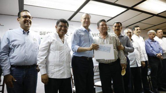 Sinaloa | Dan 9 mil créditos de vivienda y cubren seguro contra daños