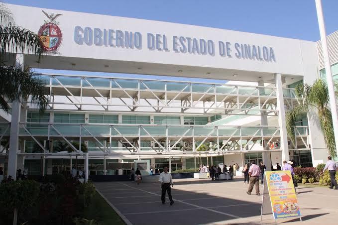 """Hasta $5,500 de bono recibirán burócratas de Sinaloa """"bien calificados"""""""