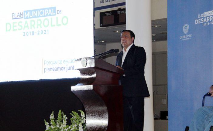 Luis Nava presenta Plan Municipal de Desarrollo 2018-2021