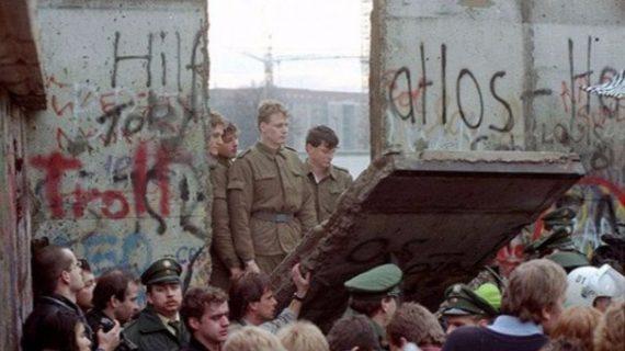 Un día como hoy pero en 1989 cae el Muro de Berlín