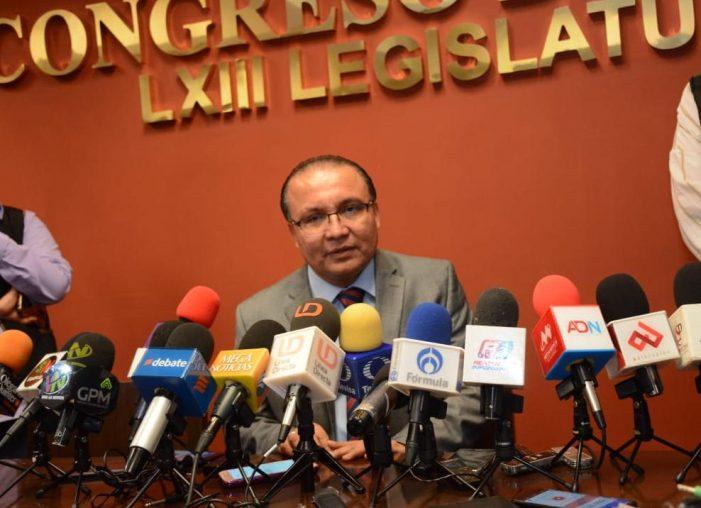Congreso de Sinaloa debe tomar el camino de la institucionalidad, dice coordinador de bancada priista