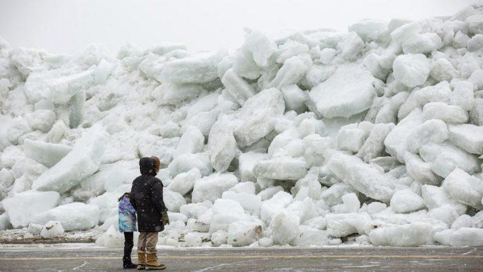 """""""Tsunami de hielo"""" el extraño fenómeno que sorprendió a EUA y Canadá"""