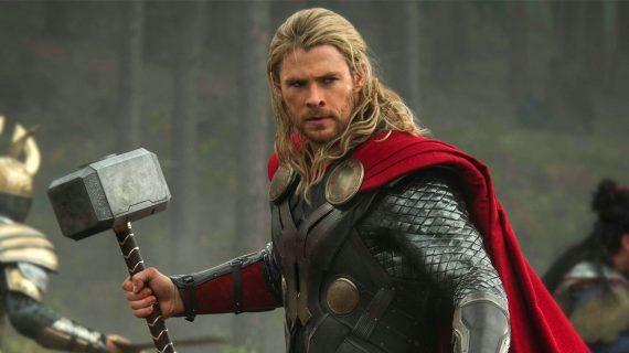 ¿Te imaginas a Thor lavando trastes? ¡Disfrútalo aquí!