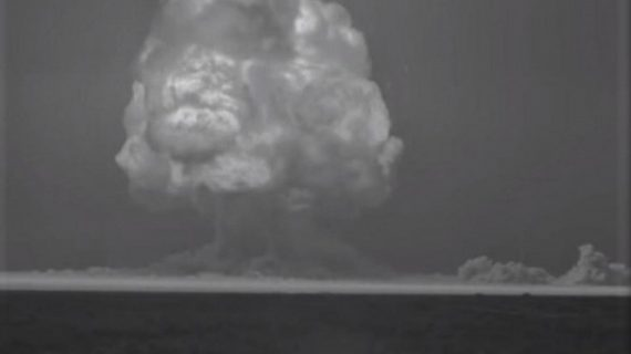 Video de como se vio el estallido de la primera bomba nuclear