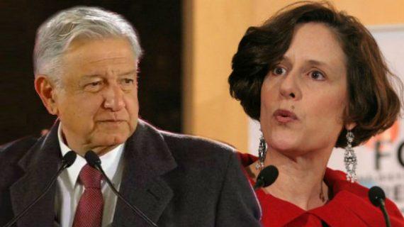 "Denise Dresser acude por primera vez a una ""mañanera"" de AMLO"