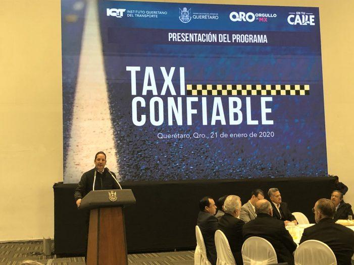 Pancho Domínguez lanza programa Taxi Confiable