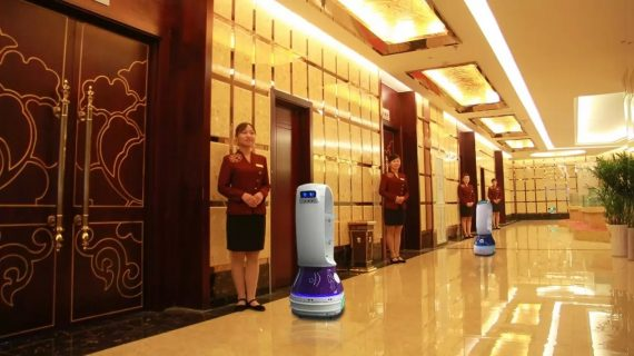 En China, robots enfermeros atienden a pacientes del coronavirus