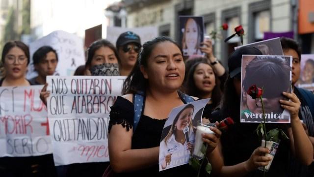 Ni descuentos ni castigos a mujeres que se sumen a paro nacional: AMLO