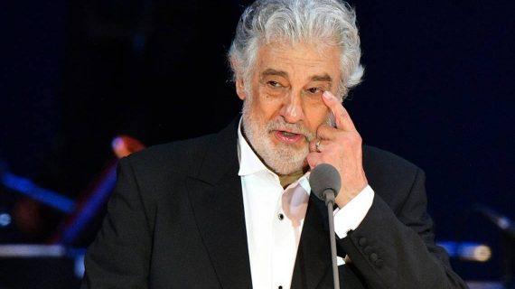 El tenor Placido Domingo da positivo en pruebas del COVID-19
